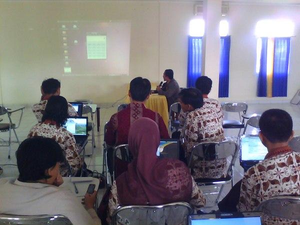Pelatihan Materi OSS untuk Pegawai Pemkab Muba